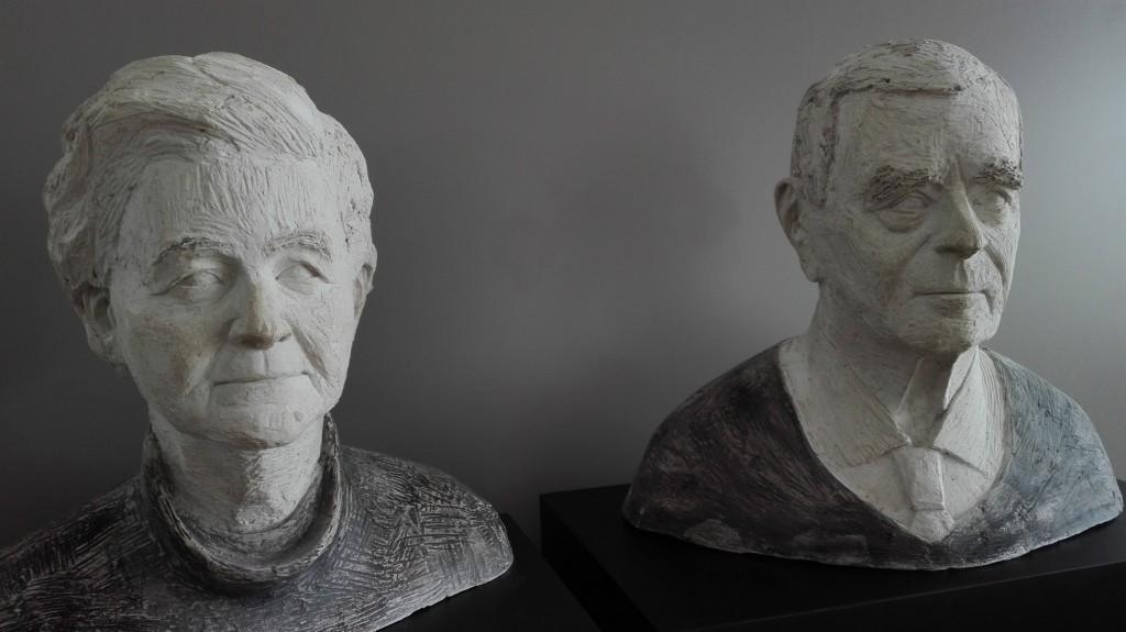 Portrait Oma u Opa, in Gips aufgetragen, Lebensgroß 2017